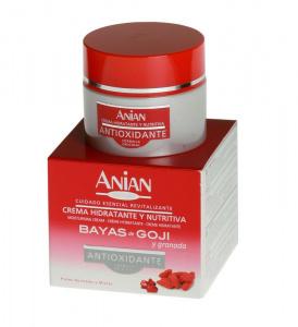 Moisturizing face cream: goji berries and pomegranate